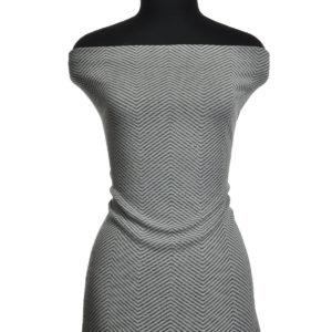 платье из джерси на манекене