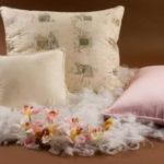 подушки с искусственным лебяжьим пухом