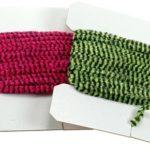 красная и зеленая велюровая нить