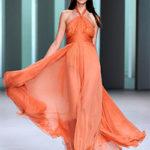 оранжевое платье из шифона