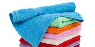 махровые полотенца в стопке