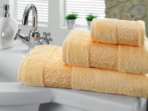 желтые полотенца