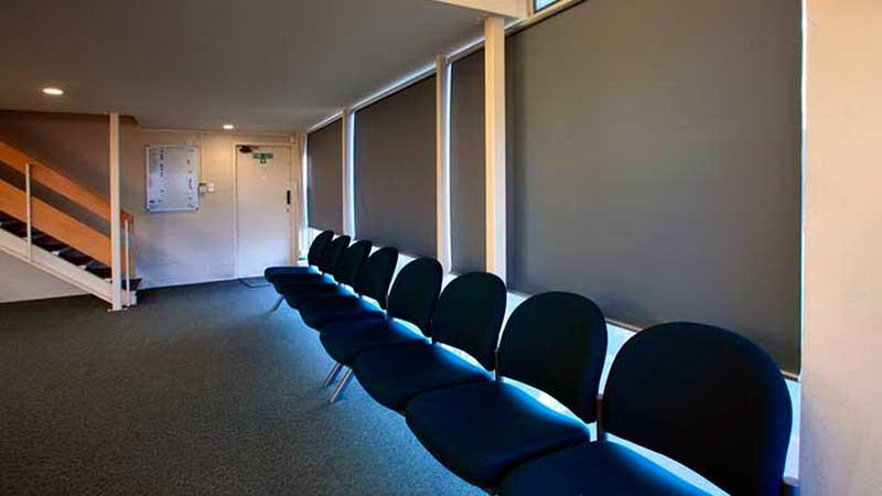 блэкаут в аудиториях с проектором