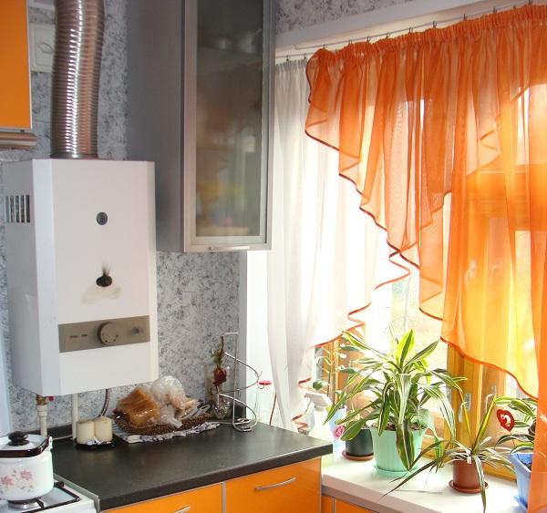короткие шторы для кухни