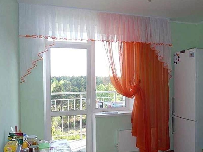 удобные шторы для кухни