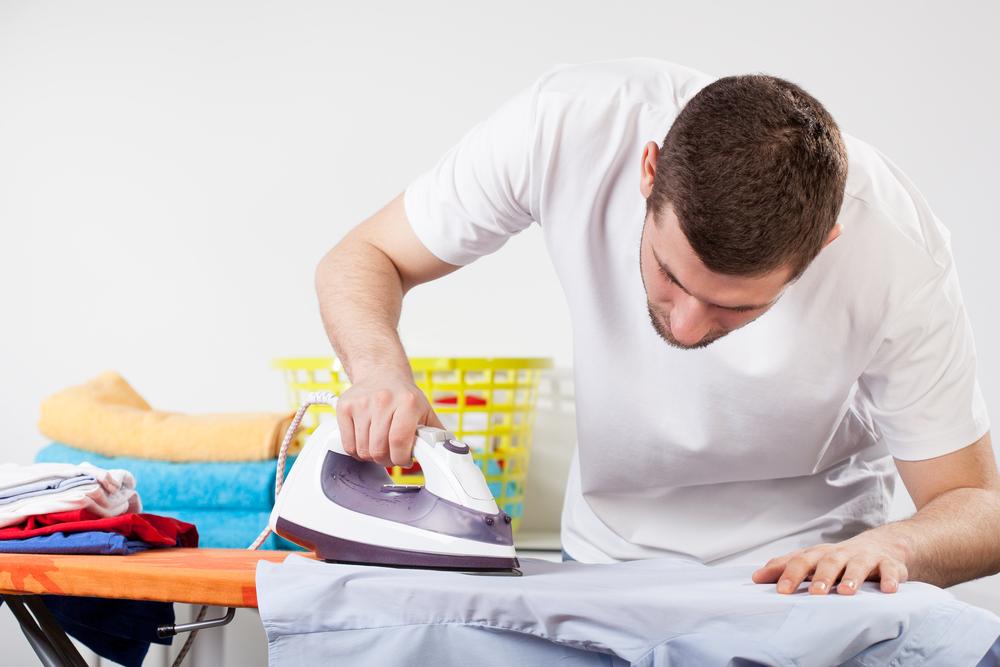Как отстирать воск от одежды